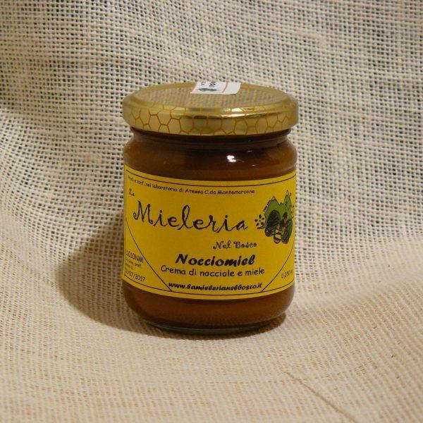 Nocciomiel - La Mieleria nel Bosco